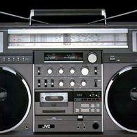 Icône de Spirit2: Real FM Radio 4 AOSP