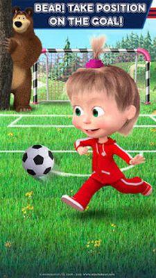 Image 2 of Masha and the Bear: Soccer Games - Free Kicks